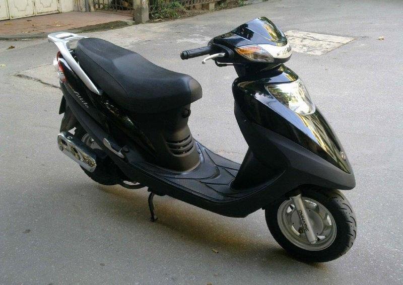 Sơn xe Attila Victoria màu đen zin cực đẹp