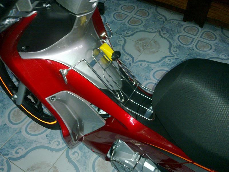 Sơn xe Future 2012 màu đỏ bạc zin cực đẹp