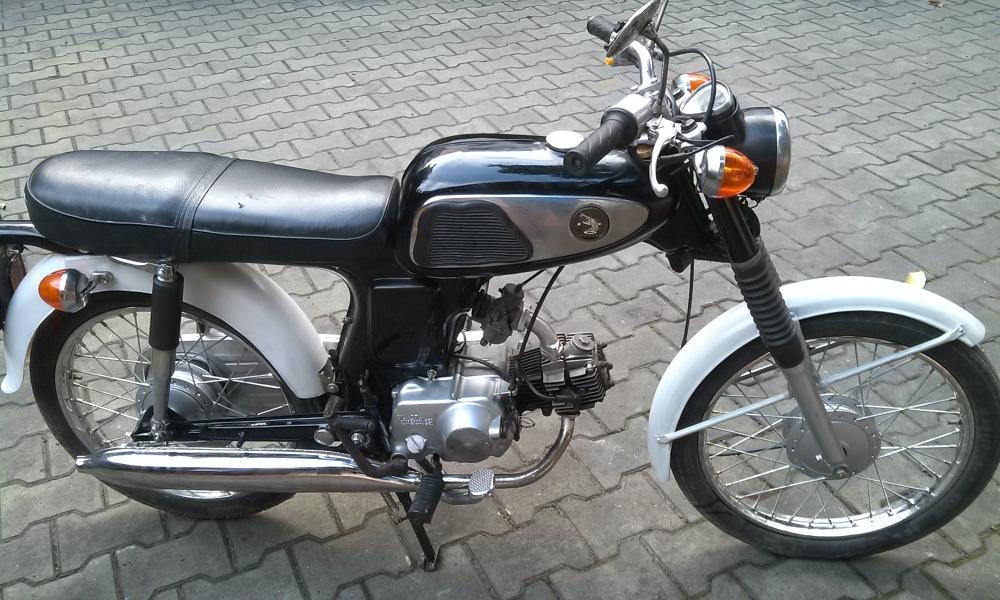 Sơn xe Honda 67 zin cực đẹp