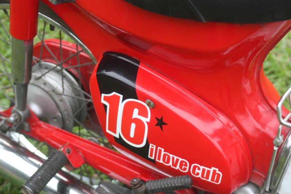 Sơn xe Honda Cub 90 màu đỏ phong cách, cực đẹp