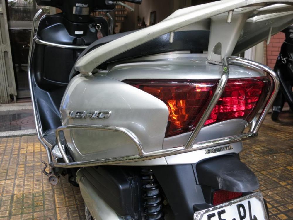 Sơn xe Lead 2012 màu bạc zin cực đẹp