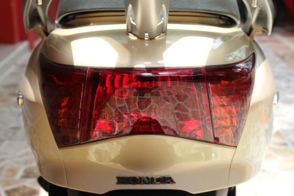 Sơn xe Lead 2012 màu vàng kem zin cực đẹp