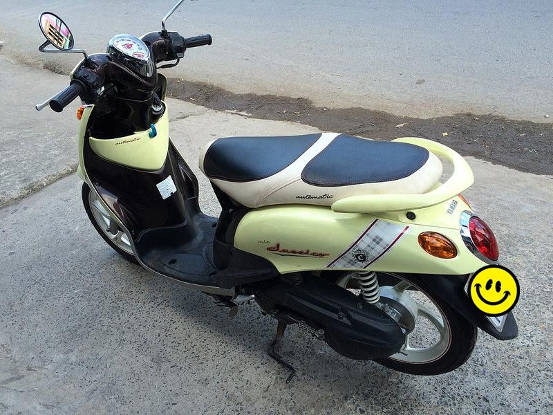 Sơn xe Mio Classico màu vàng zin cực đẹp