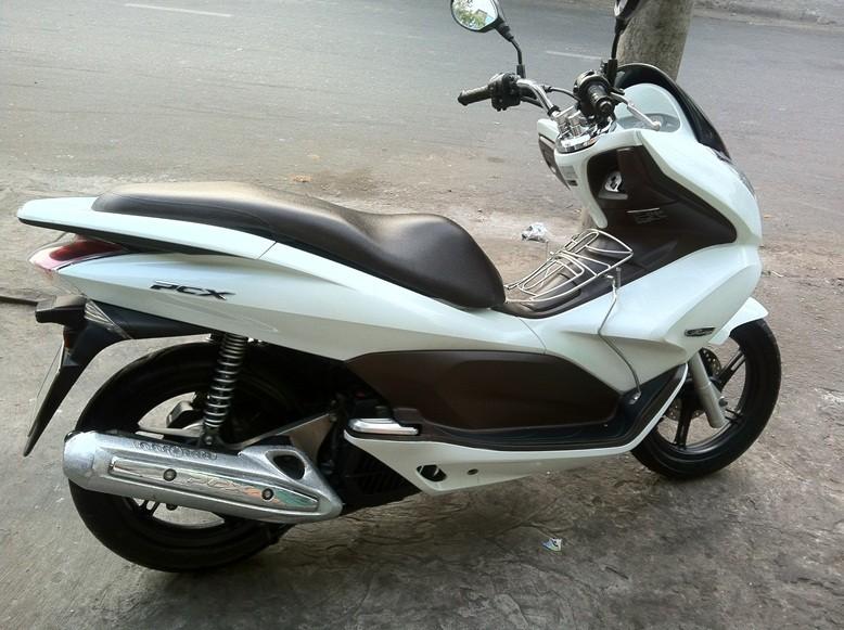 Sơn xe PCX 2012 màu trắng zin cực đẹp