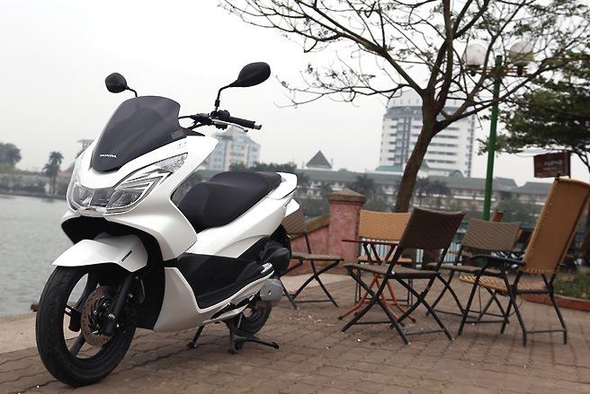Sơn xe PCX 2014 màu trắng zin cực đẹp