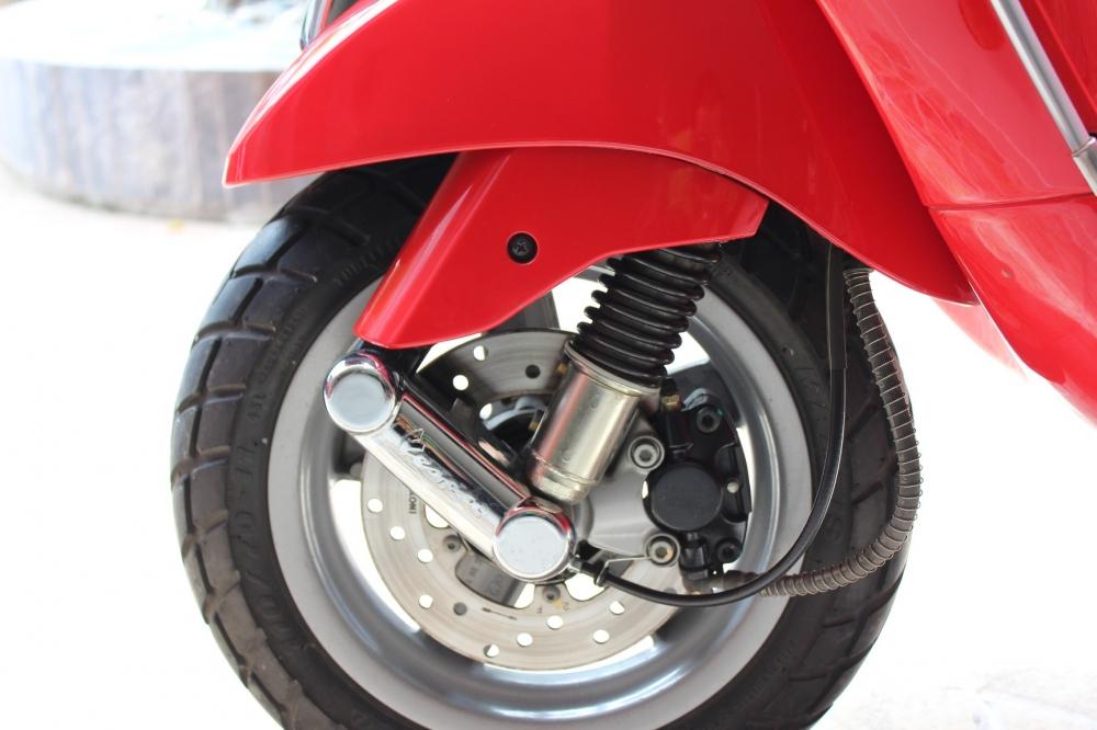 Sơn xe Vespa LX 125 màu đỏ zin cực đẹp