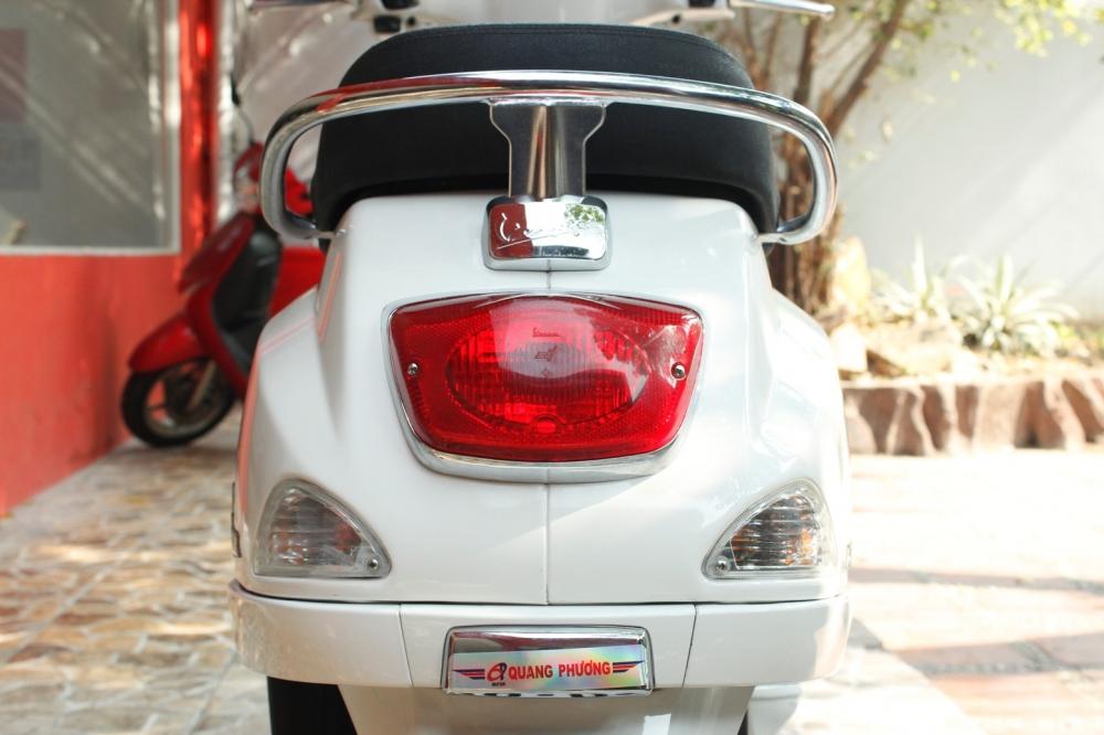 Sơn xe Vespa LX 125 màu trắng zin cực đẹp