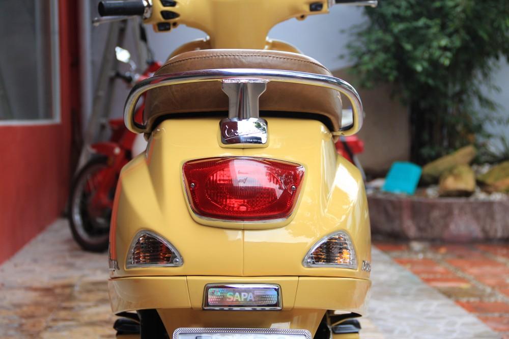 Sơn xe Vespa LX 125 màu vàng zin cực đẹp