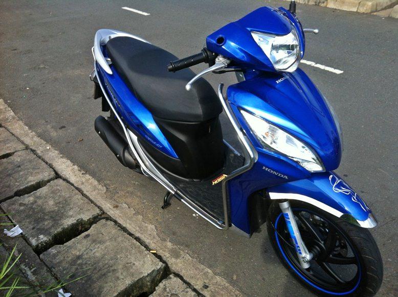 Sơn xe Vision 2012 màu xanh zin cực đẹp