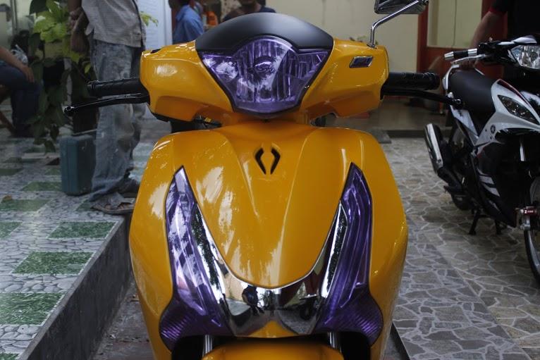 Honda SH sơn vàng phong cách Lamborghini