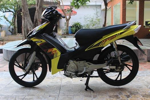 Sơn xe Axelo 125 màu vàng đen zin cực đẹp