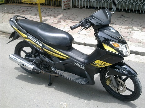 Sơn xe Nouvo 3 RC màu vàng đen zin cực đẹp