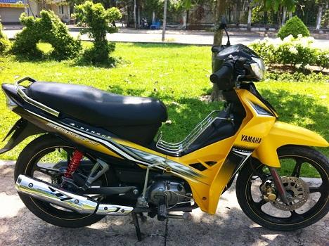 Sơn xe Sirius RC màu vàng đen zin cực đẹp