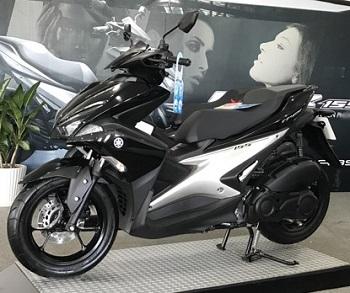 Sơn xe NVX 155 màu đen bóng zin cực đẹp