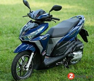 Sơn xe Click Thái màu xanh zin cực đẹp